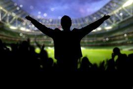 campo de futbol sombra aficionados invertir en startup